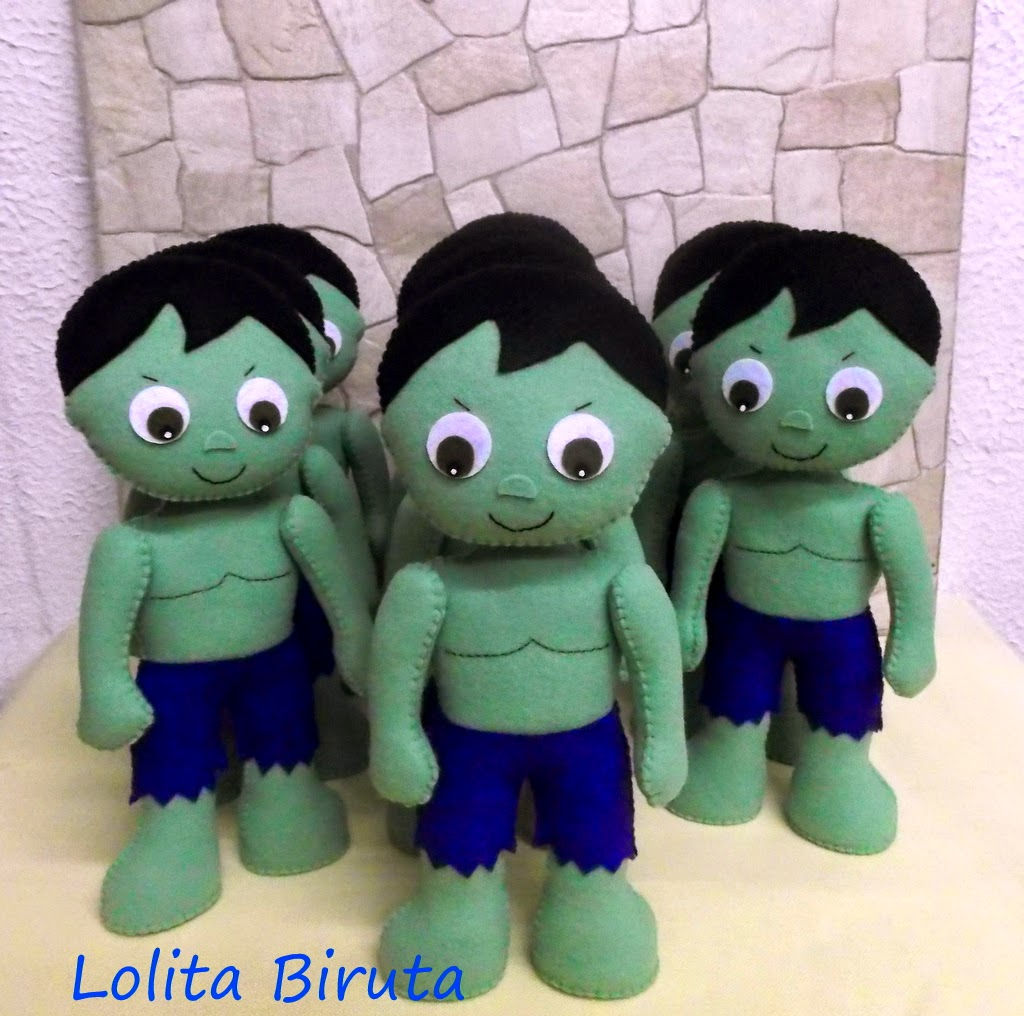 Hulk em feltro 25 cm de altura para decoração de festas infantis