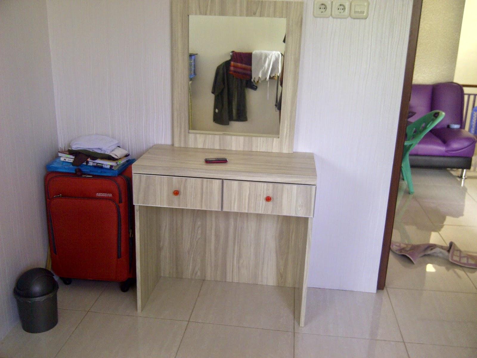 Jasa kitchen set jasa buat meja rias murah for Jasa buat kitchen set