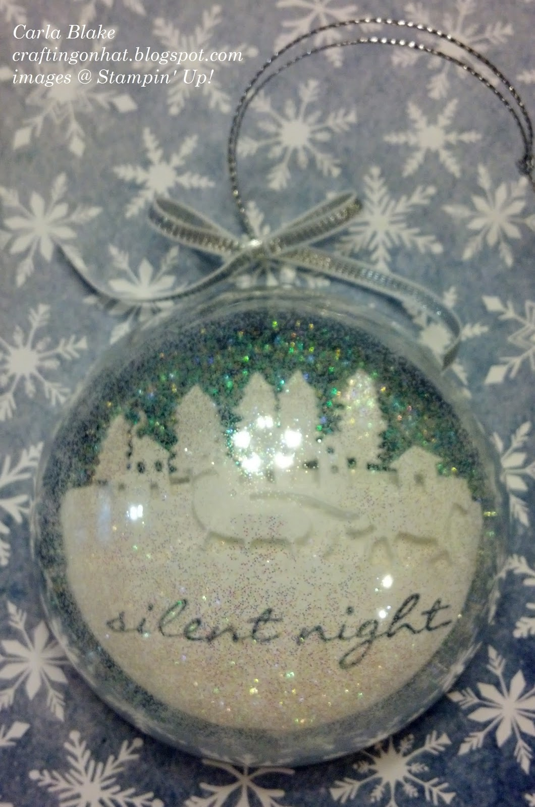 Crafting on hat jingle all the way ornaments - Ornament tapete weiay ...