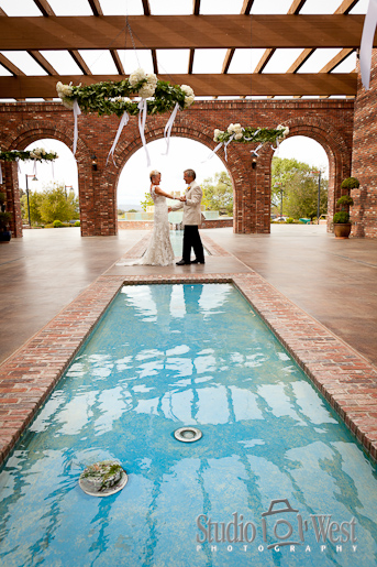 Paso Robles Wedding Photographer, Robert Hall Winery Weddding