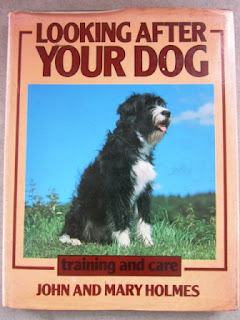 "Buku Merawat Anjing ""Looking After Your Dog"""