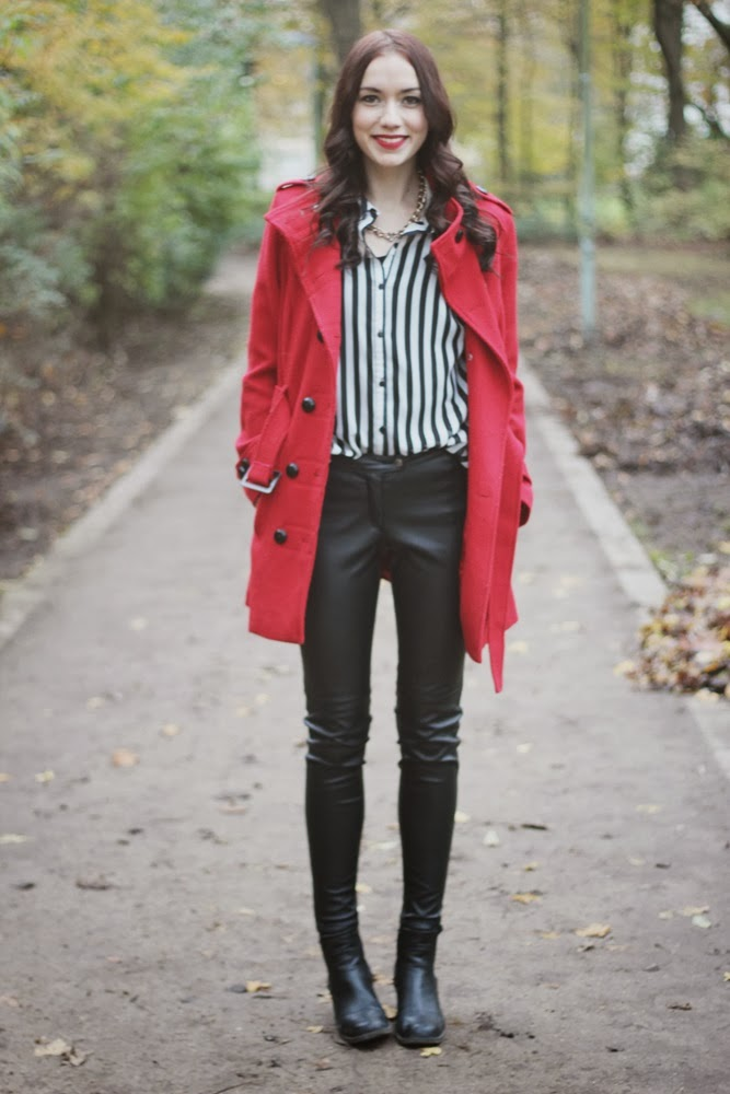 OOTD: Red Coat + 24 Days of Christmas Blogging!