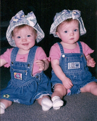 HD WALLPAPERS: Twins Babies HD Wallpapers