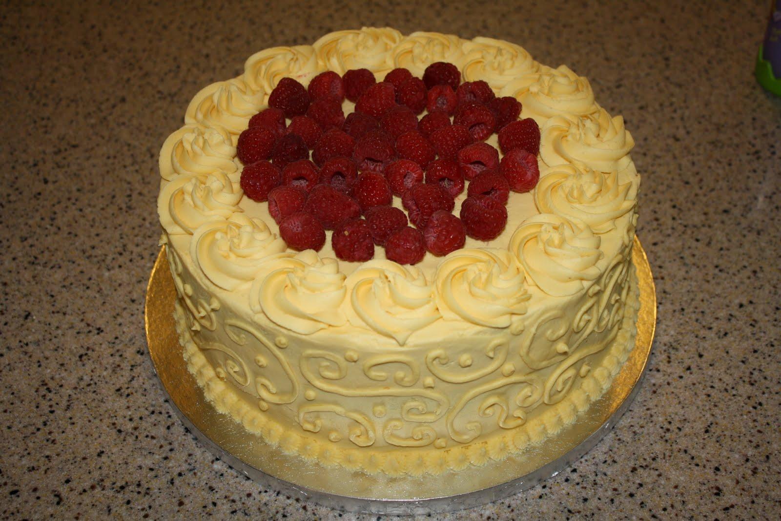 Dazzle Cakes: Elegant Bridal Shower Cake