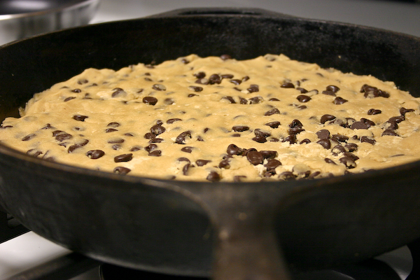 Bakergirl: Skillet-Baked Chocolate Chip Cookie.