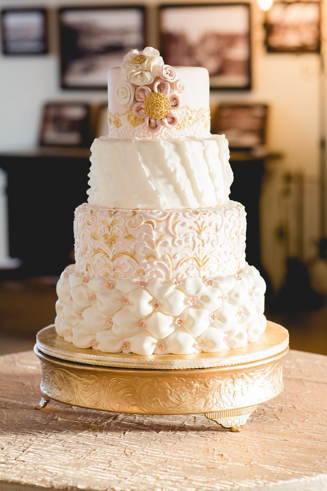 Wedding Cake Pops 72 Vintage The small bites dessert