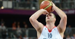 Reações químicas na movimentação do basquete