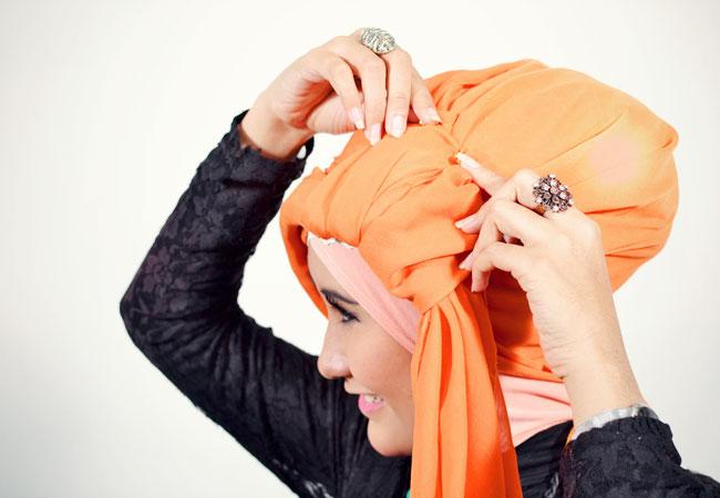 Cara Memakai Jilbab Segi Empat Turban
