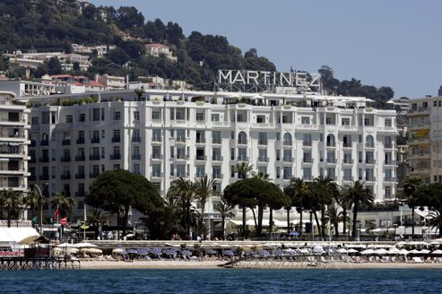 Le qatar s 39 offre quatre h tels de luxe en france le for Hotel de luxe en france