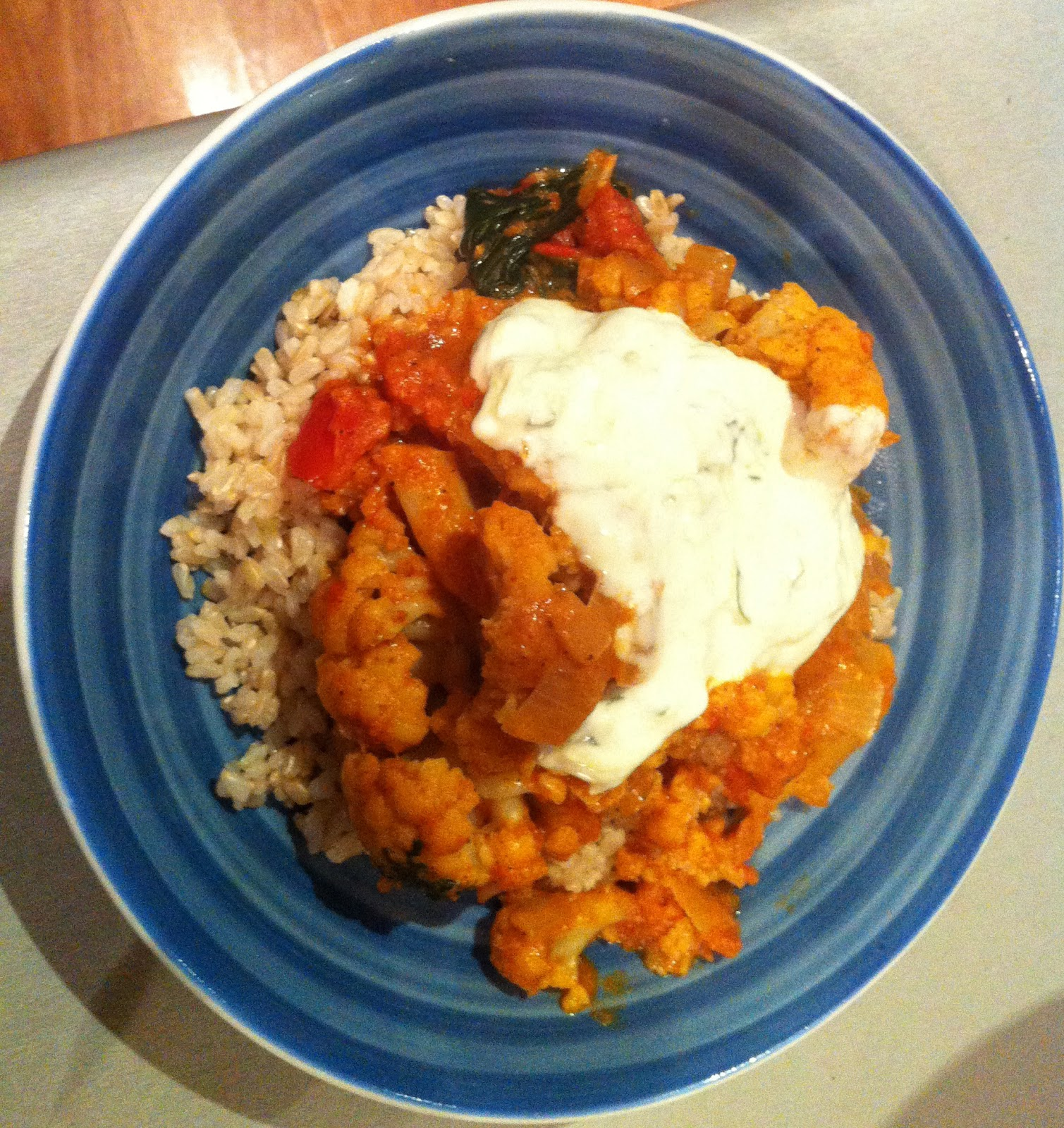 Almost Vegetarian: Cauliflower and Spinach Curry in Creamy ...