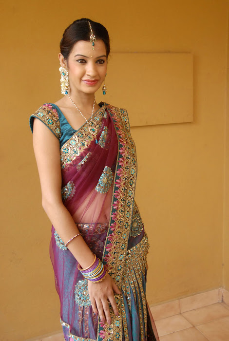 diksha panth new saree , diksha saree actress pics