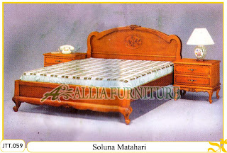 Tempat tidur kayu jati ukir jepara Soluna Matahari murah.Jakarta