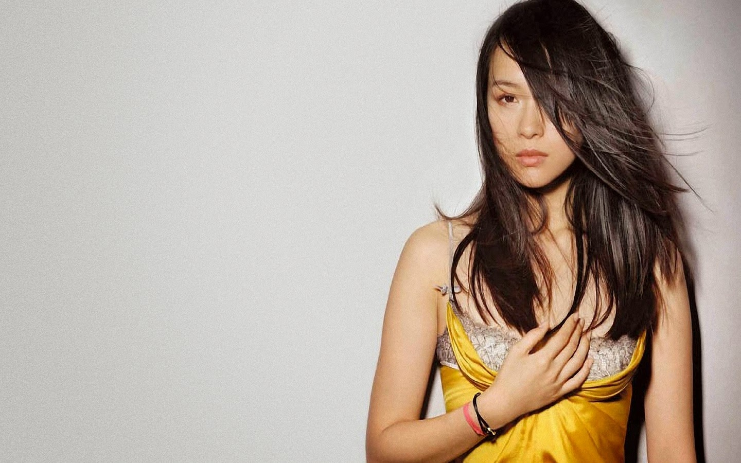 ZHANG ZIYI_WALLSTOWN_IN_HOLLYWOOD ACTRESS_HOLLYWOOD CELEBRITIES
