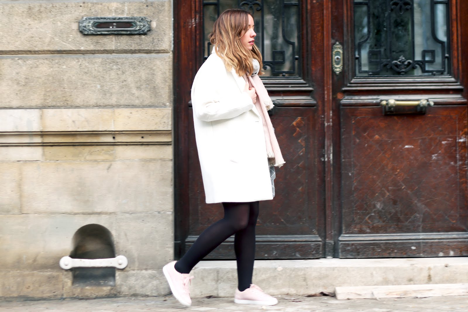 tenue manteau blanc