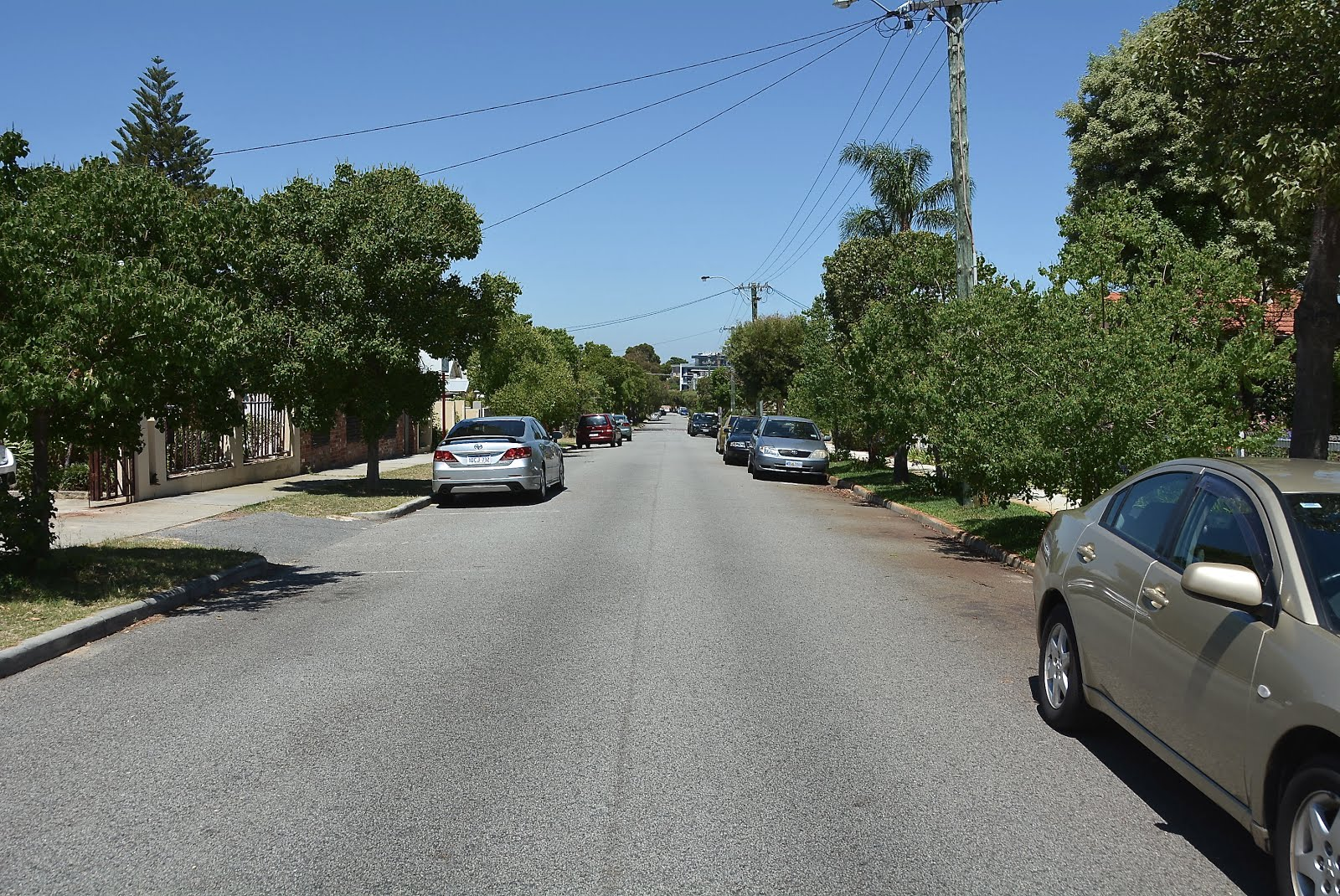chelmsford rd mt lawley facing east click to enlarge chelmsford mt lawley facing
