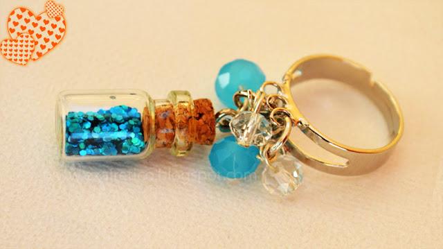 RING.029 Δαχτυλίδι με μαγικό μπουκαλάκι Καλής Τύχης σε γαλάζιο χρώμα