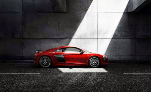 2016 Audi R8 Spy Shots Canada