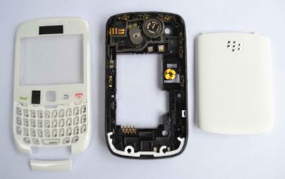 blackberry 9300 original fullset warna putih casing blackberry 9300