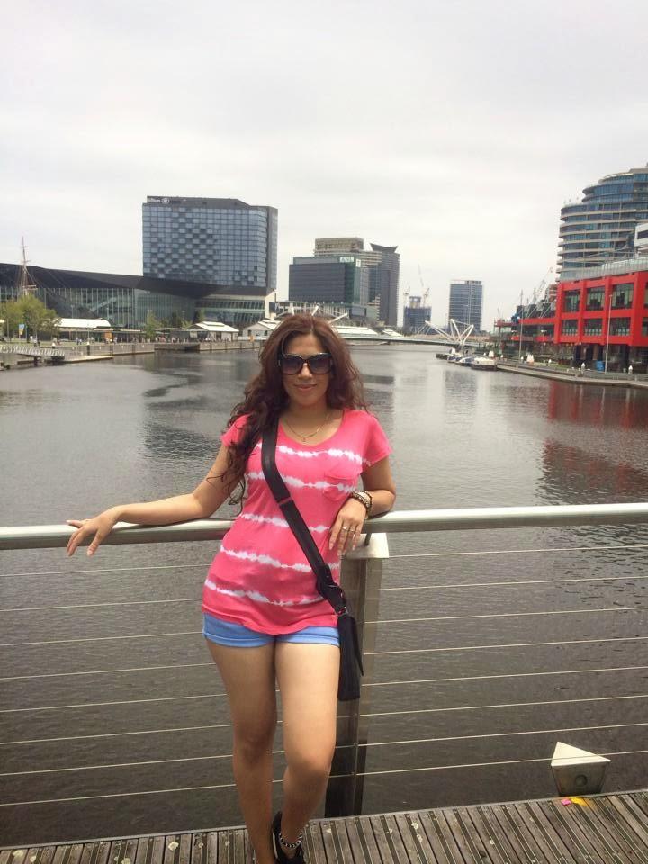 Anusha Rajapaksha pink n blue