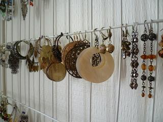 les couleurs d 39 ilia mes rangements bijoux partie 1. Black Bedroom Furniture Sets. Home Design Ideas