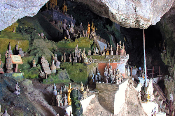 Pak Ou Höhlen - Luang Prabang