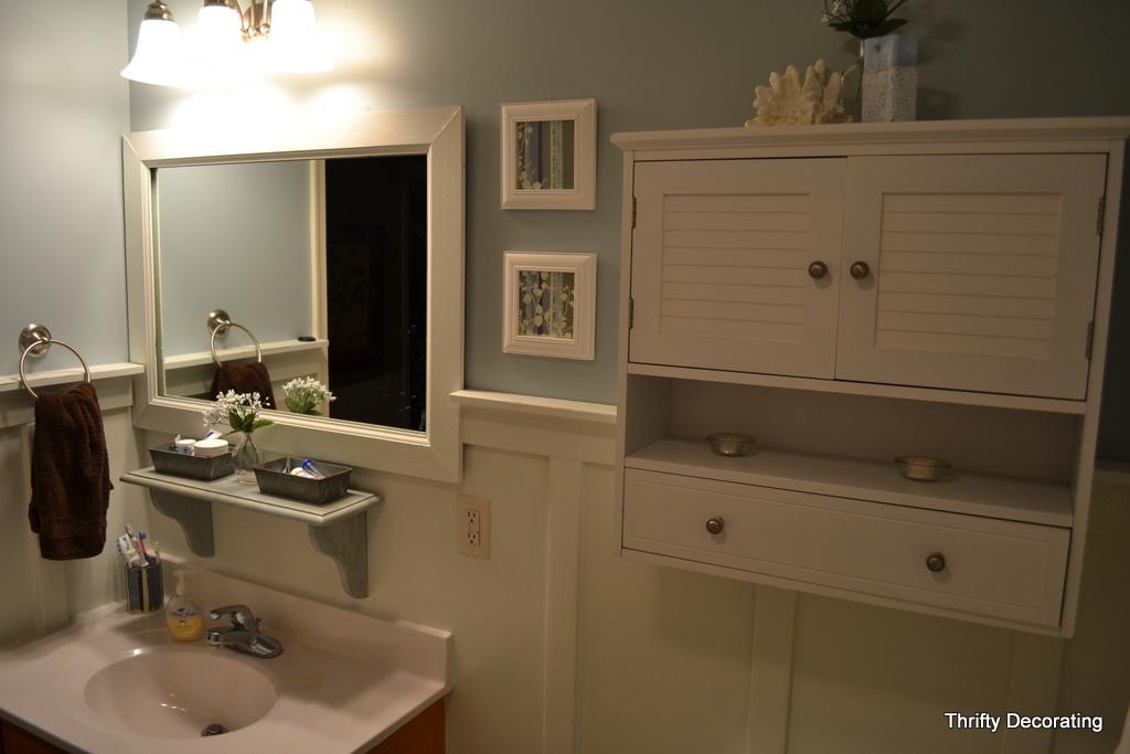 Finally    my  20 bathroom redo. Thrifty Decorating  Finally    my  20 bathroom redo