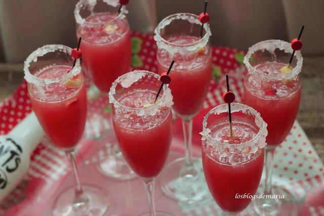 Coctel Moho y zumo de Granada natural