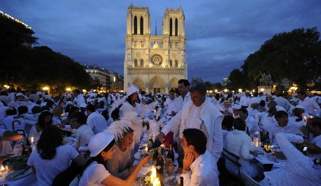 Diner en Blanc em Paris