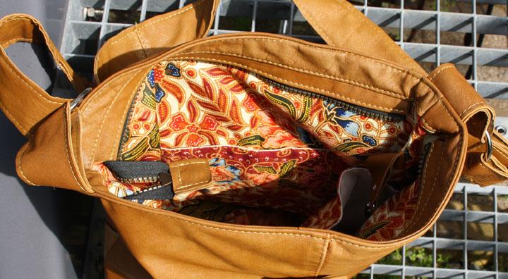 Leren Tas Laten Maken Bali : Upcycled nieuwe oude leren tas van hergebruikt leer