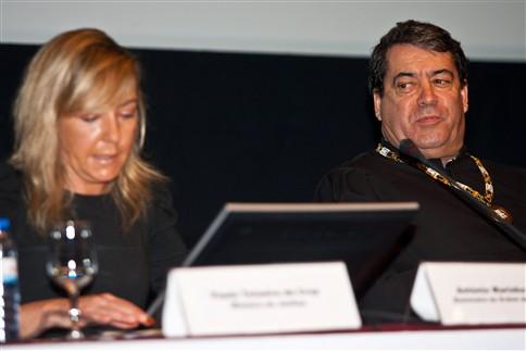 """Ministério da Justiça """"foi entregue a um escritório de advogados"""", diz Marinho Pinho"""