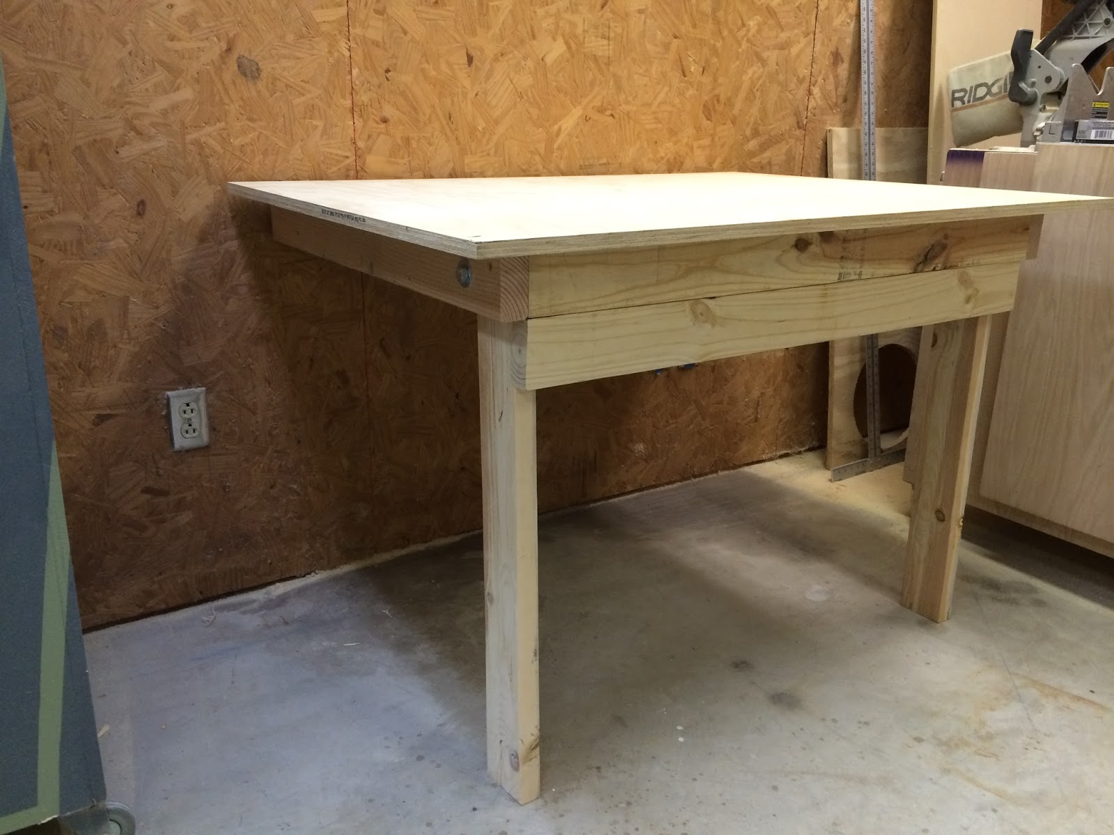 Wilker Do S Diy Folding Workbench