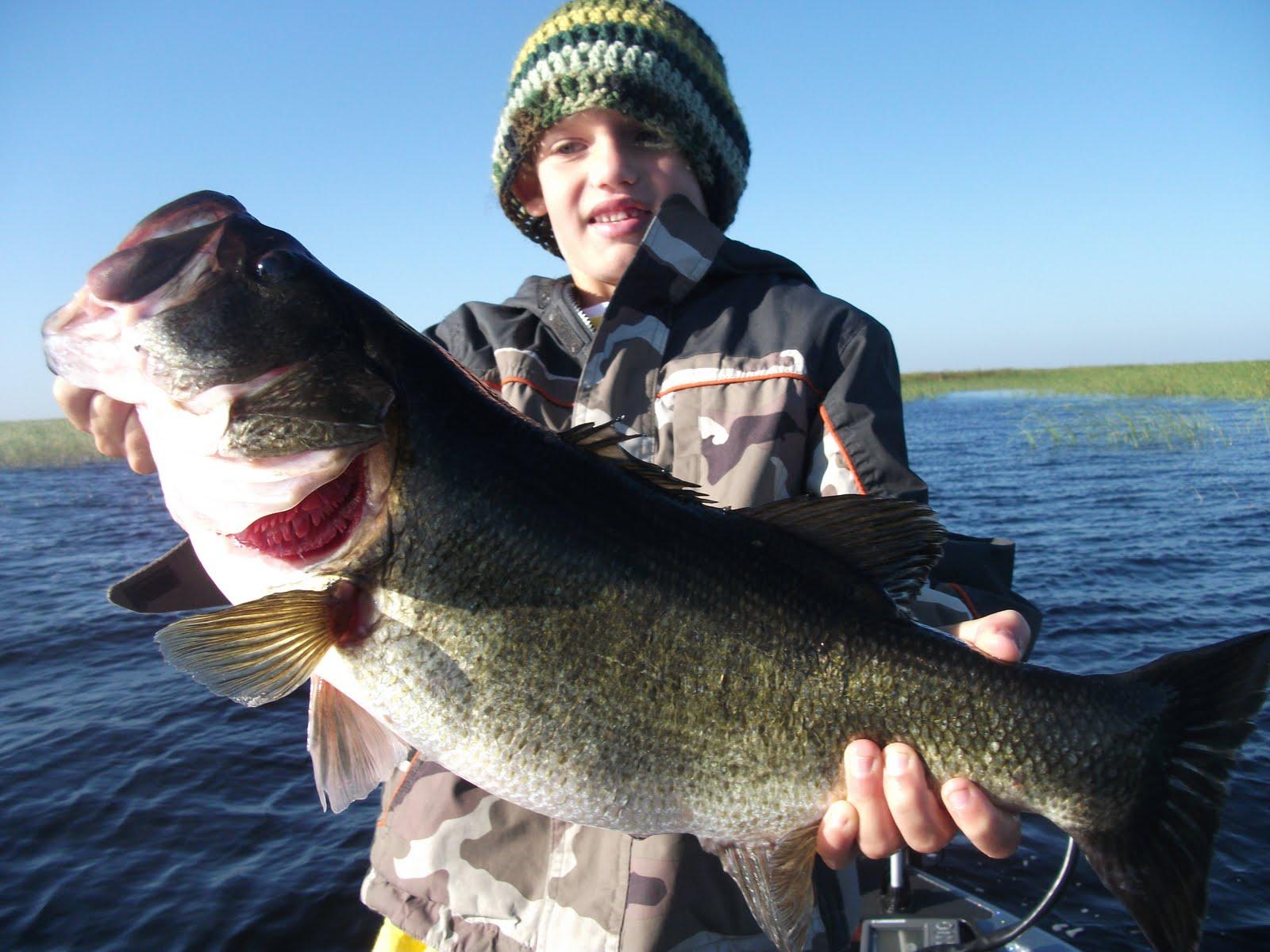 Okeechobee fishing report for okeechobee bass fishing for Big fish lake