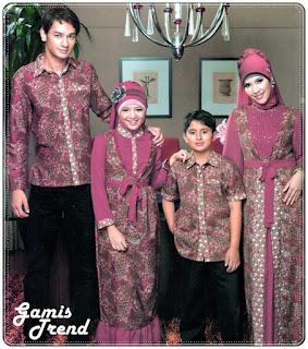 Contoh Model Batik Sarimbit Keluarga