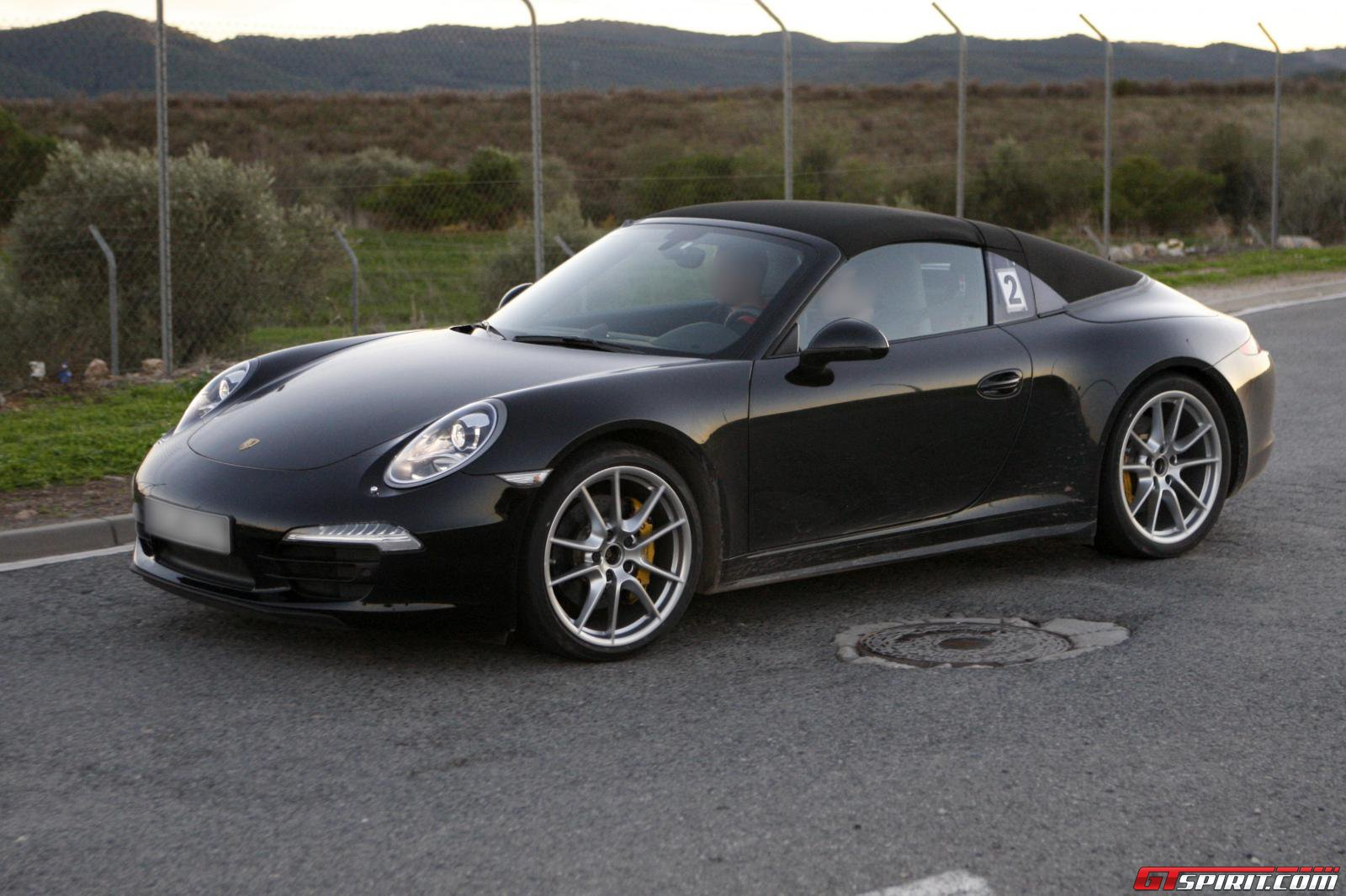 new car spirit 2013 porsche 991 targa spyshot photos. Black Bedroom Furniture Sets. Home Design Ideas