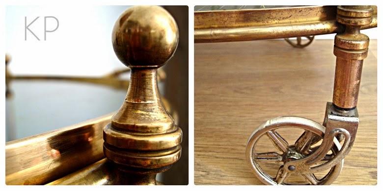 Muebles vintage online, mesas antiguas restauradas, camareras con ruedas antiguas