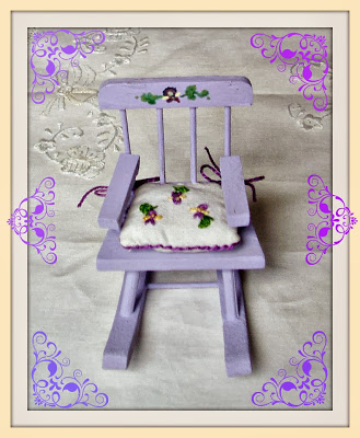chair for dollhouse