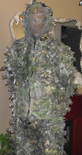 acggq l 39 habit de camouflage. Black Bedroom Furniture Sets. Home Design Ideas
