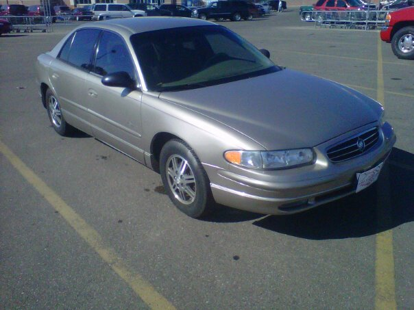 owners and manual 2004 buick century midsize sedans car pdf owners rh ownersthis blogspot com 1999 Buick Regal Interior 1999 Buick Century Limited