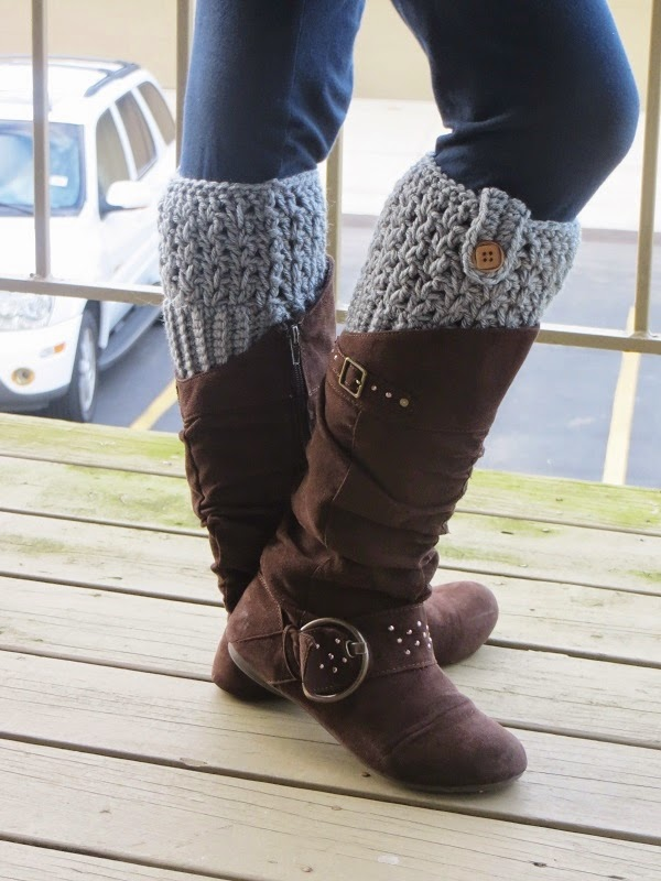 Free Crochet Patterns For Boot Cuffs With Buttons : Crochet Dreamz: Bailey Boot Cuffs, Free Crochet Pattern