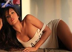 Sunshine Garcia Online Hotness Bonus Round [Week 5]