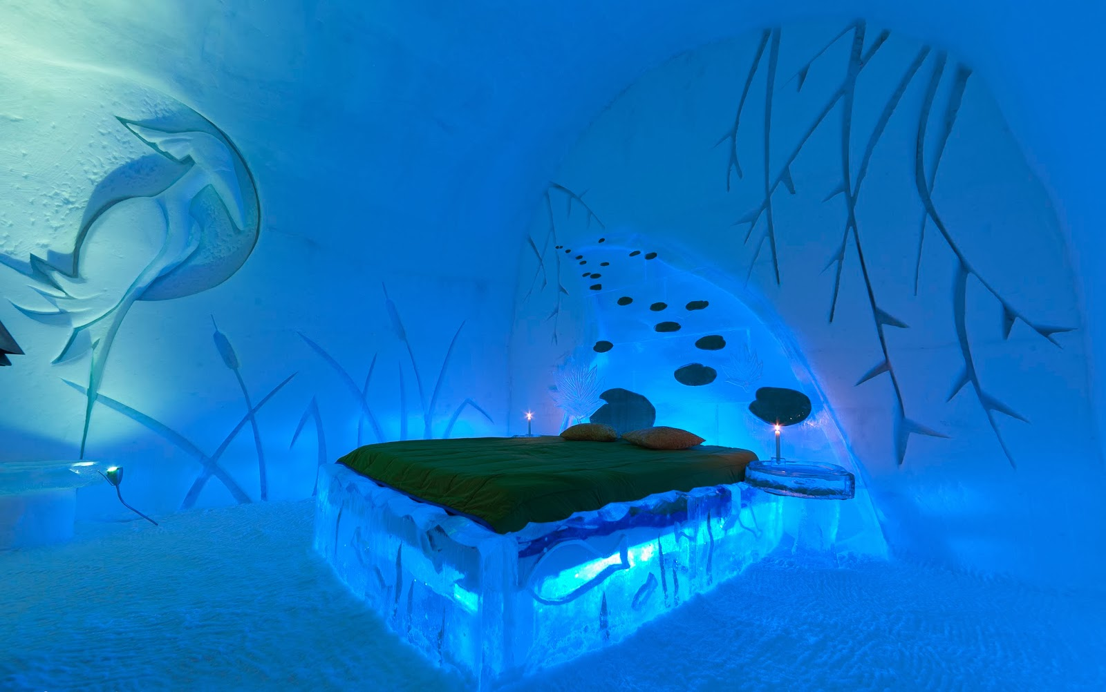luxury life design ice hotel the glace that last just 3 months a year. Black Bedroom Furniture Sets. Home Design Ideas