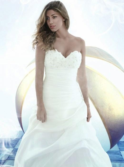 Belen, l'abito da sposa non è stato pagato: la sartoria chiede ...