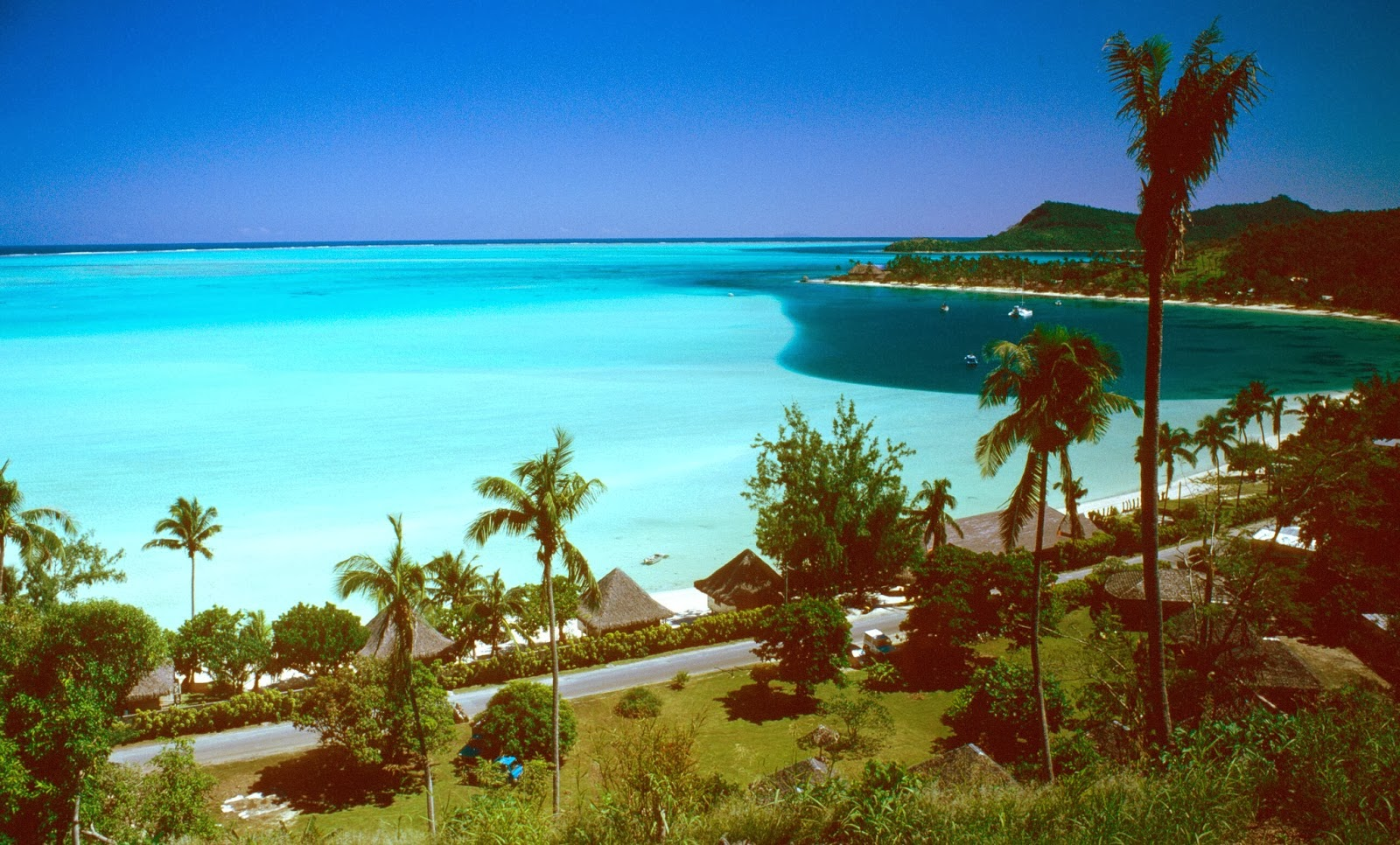 Beautiful Scean Beach Tahiti Beautiful nature Images and wallpapers