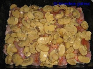 ciuperci cu pui la cuptor