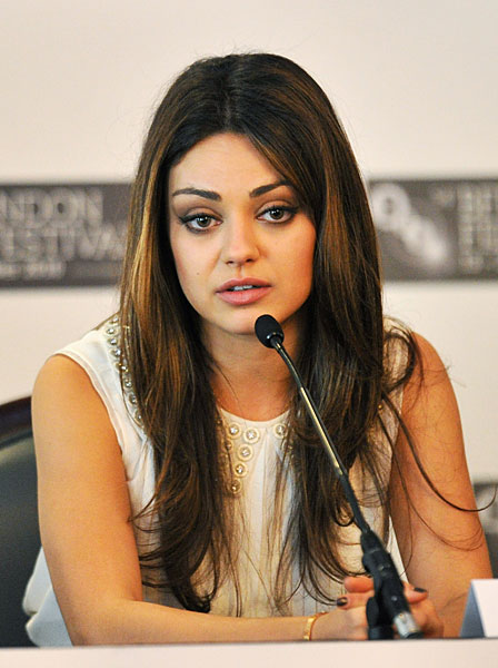 trends hairstyles mila kunis hair. Black Bedroom Furniture Sets. Home Design Ideas