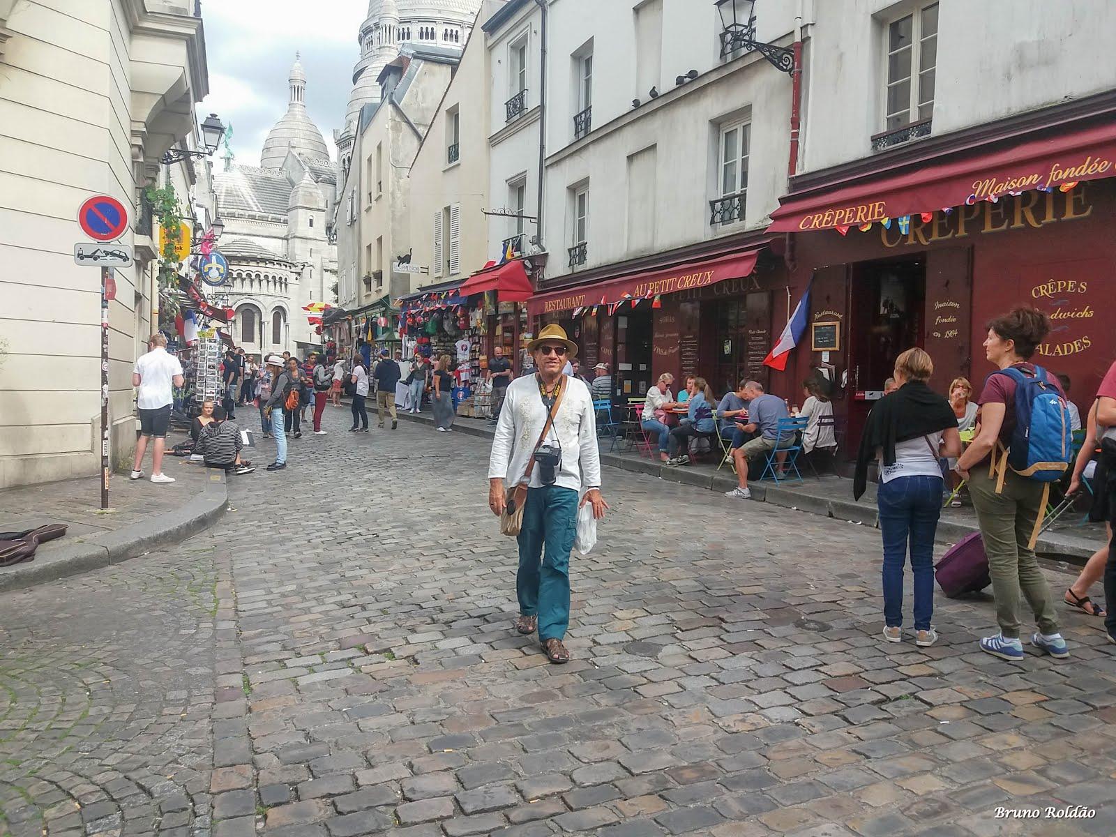 MONTMARTRE - PARIS