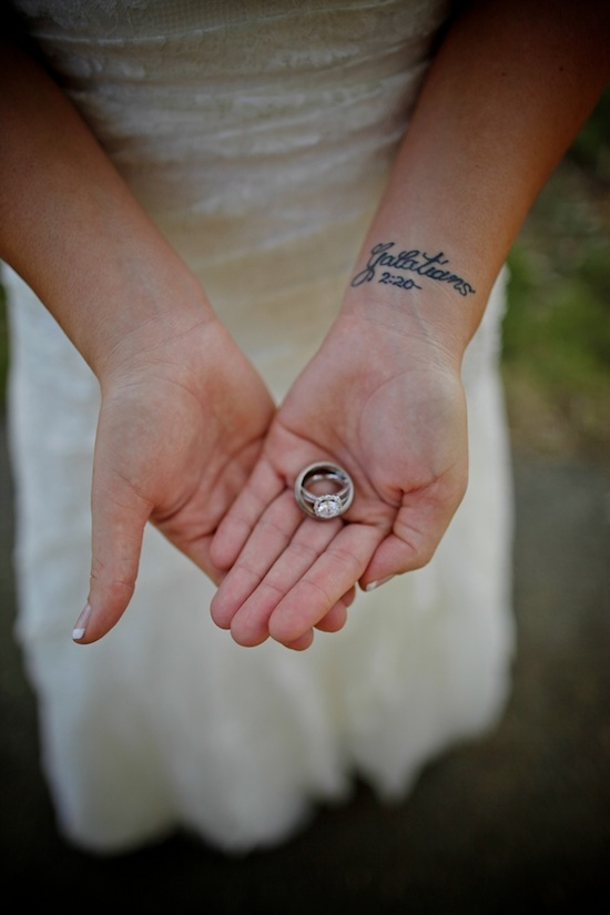 bride holding the rings