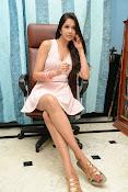 Abha Singhal Glam pics-thumbnail-3