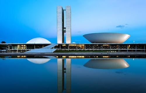 Oscar Niemayer: o astro da arquitetura moderna