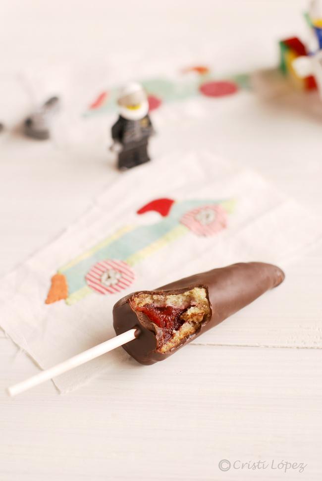 Galleta pirulí con fresa y chocolate